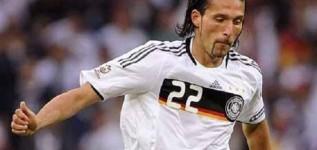 Mantan Striker Timnas Jerman Gantung Sepatu