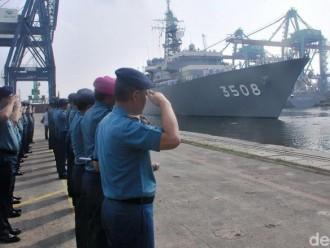 Kedua Kapal JS Kashima TV 3508 Serta JS Makinami DD 112 Tiba Di Jakarta